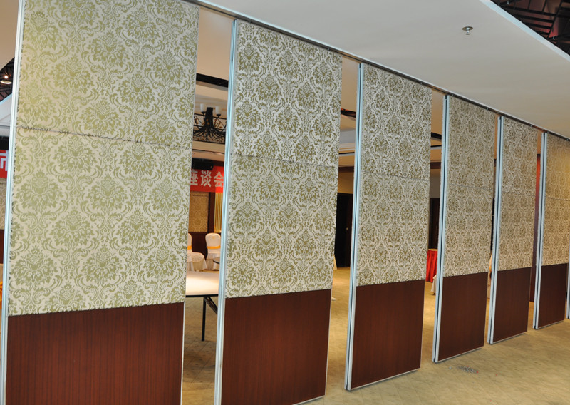 与酒店都不好;在墙壁的设计中可以加入矿棉板,矿棉板的吸音效果较好