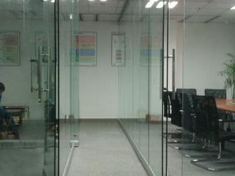 40型无框玻璃屏风|无边框玻璃隔断|广州光信隔断